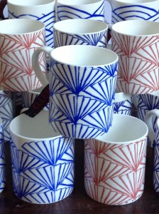 cropped-ceramic-mugs