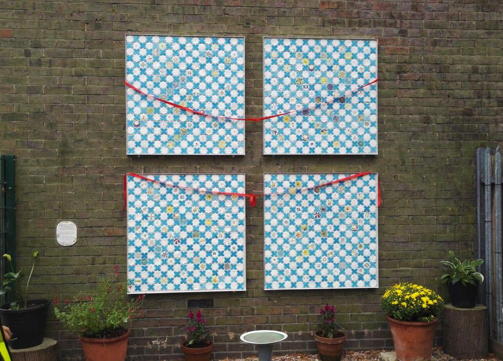 Peace Garden, Murals, Luton, Faith